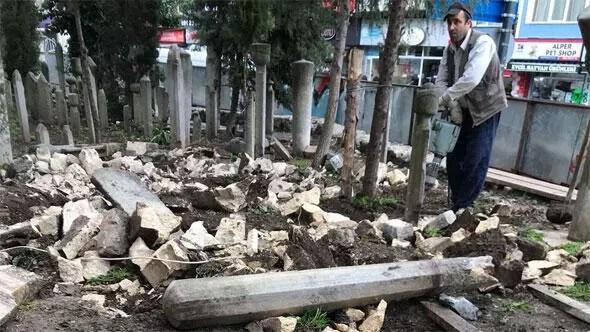 Osmanlı mezarlarının hilti ile yıkılması ortalığı karıştırdı