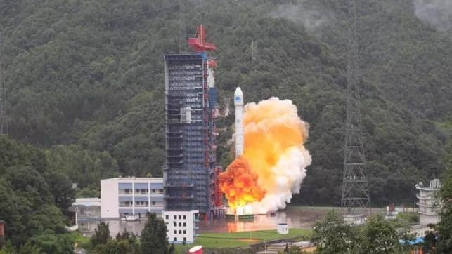 Çin uzaya ikiz navigasyon uydusu gönderdi ile ilgili görsel sonucu