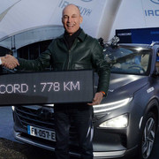 Hyundai-Nexo-sets-world-record-for-longest-distance-driven-in-hydrogen-powered-vehicle-4