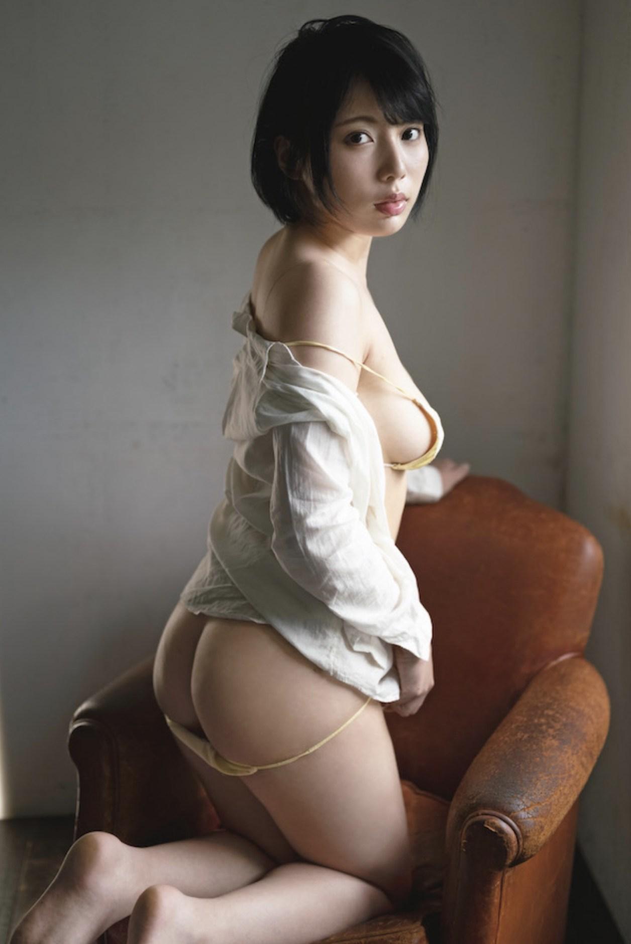 令和No.1アイドル 安位カヲルのMUTEKI・AVデビューヘアヌード 010