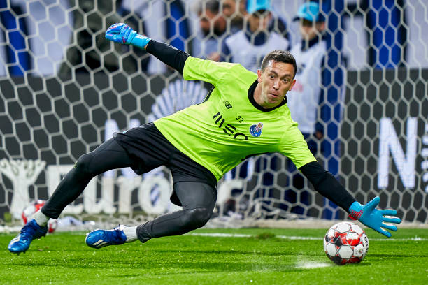 PORTO-PORTUGAL-FEBRUARY-08-Agustin-Marchesin-of-FC-Porto-warms-up-prior-to-the-Liga-Nos-match-betwee