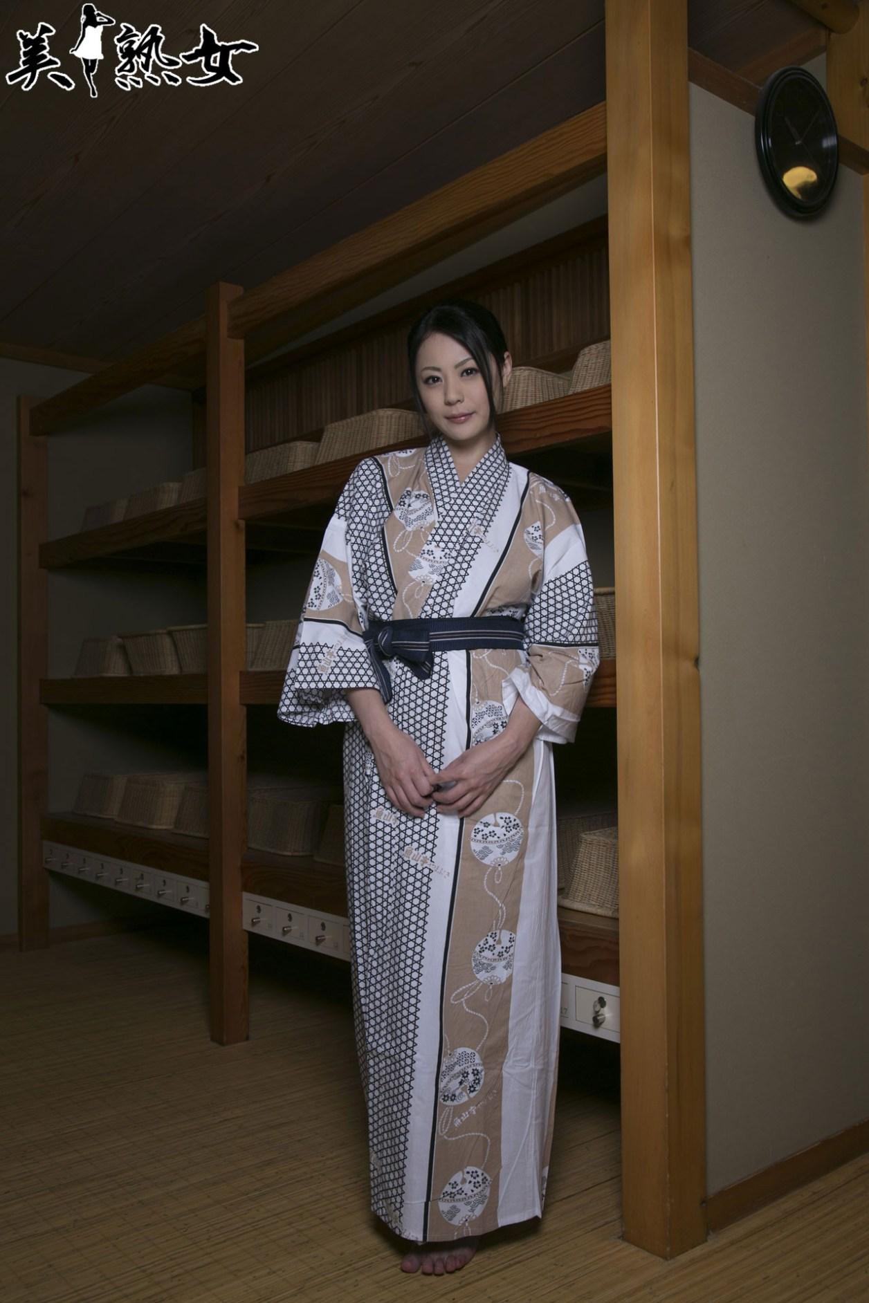 Aida-Nana-Bijukujo-002
