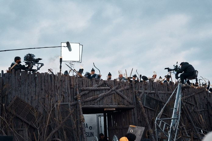 Kingdom-Season-2-Behind-the-Scene-5