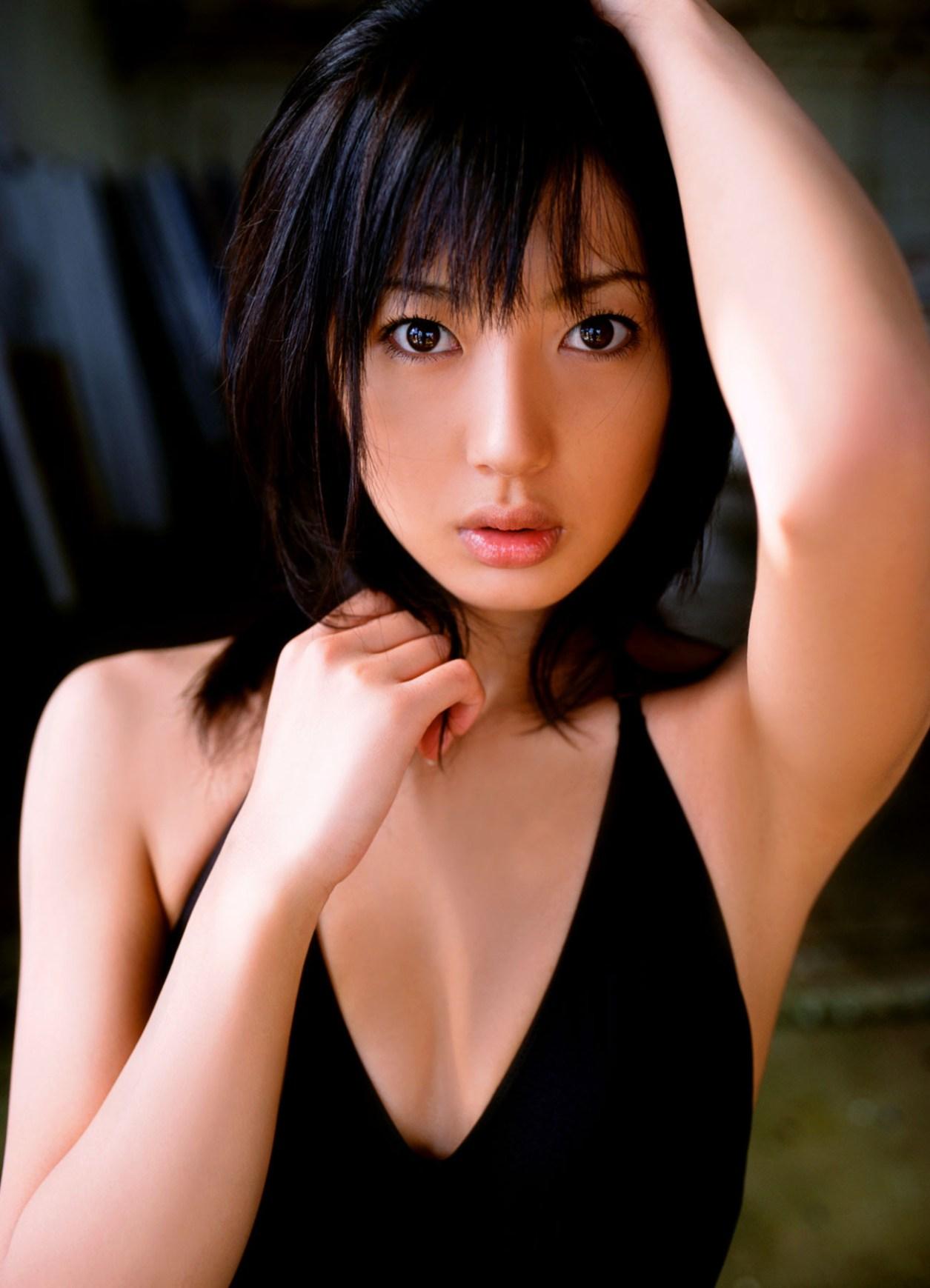 Ogura-Haruka-Light-My-Fire-001