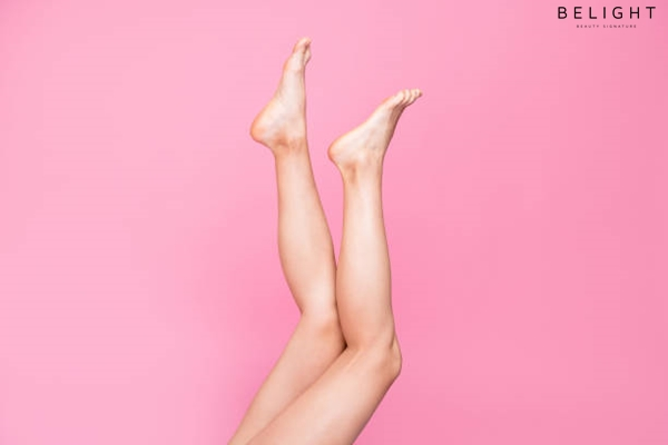 Cropped-image-view-photo-of-long-feminine-fit-thin-slim-clean-clear-legs-ad-advert-healthy-lifestyle