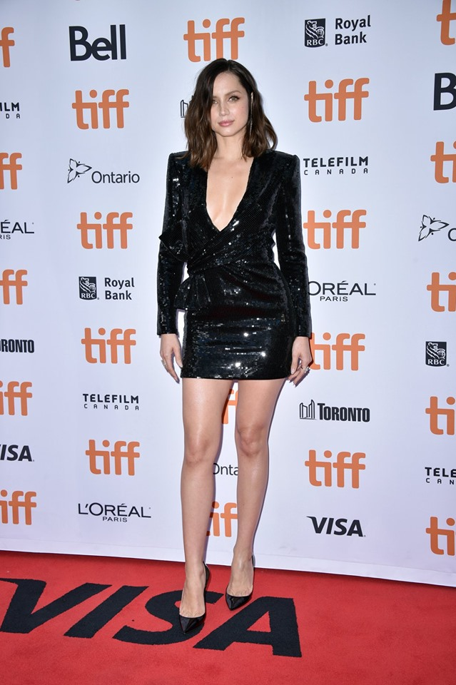 KNIVES-OUT-TIFF-19-2
