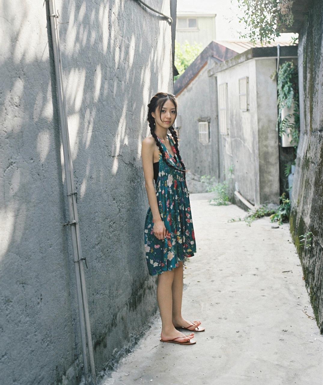 逢沢りな「さよなら、美少女」グラビア 02-05