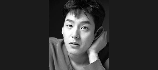 IDOL-The-Coup-Kwak-Si-Yang