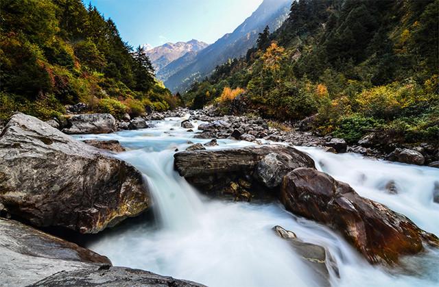 Dud-Koshi-River-Kanchenjunga-Trek