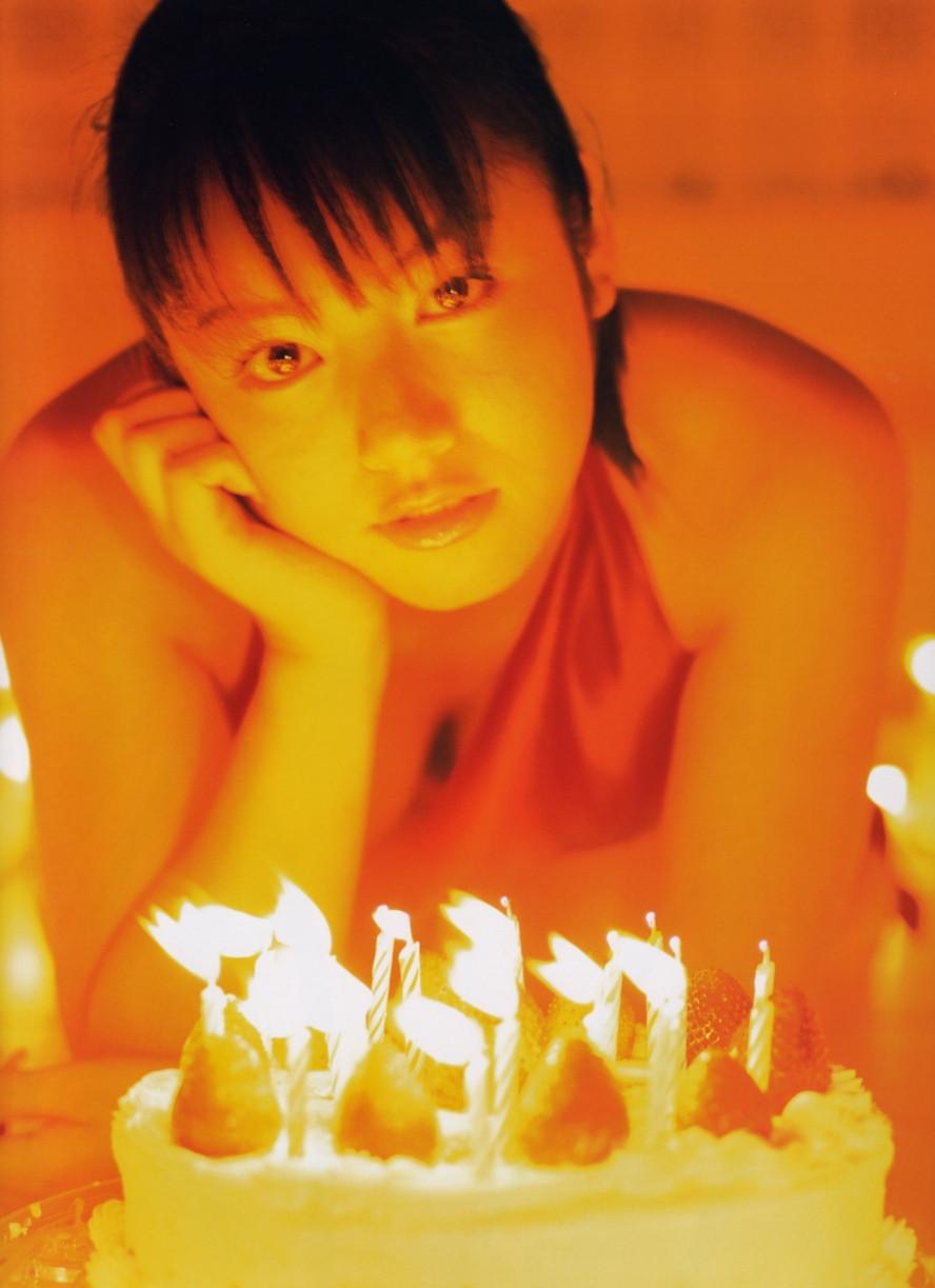 Isoyama-Sayaka-her-mavelous-youthful-days-033