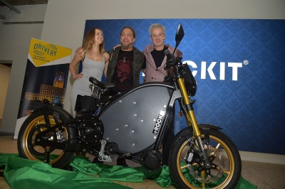 Andy-Zurwehme-CEO-e-ROCKIT-Systems-Martin-Kesici-German-rockstar-and-his-girlfriend-Mandy