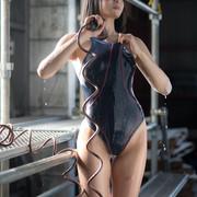 swimsuit-200927-022