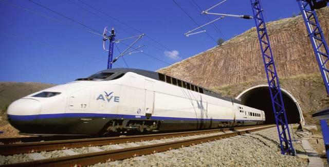 EQUO pide cambios en la política ferroviaria tras el informe del TC sobre el AVE