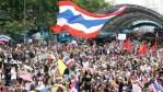 Rakyat Thailand Turun ke Jalan Menuntut Perdana Menteri Prayut Mundur