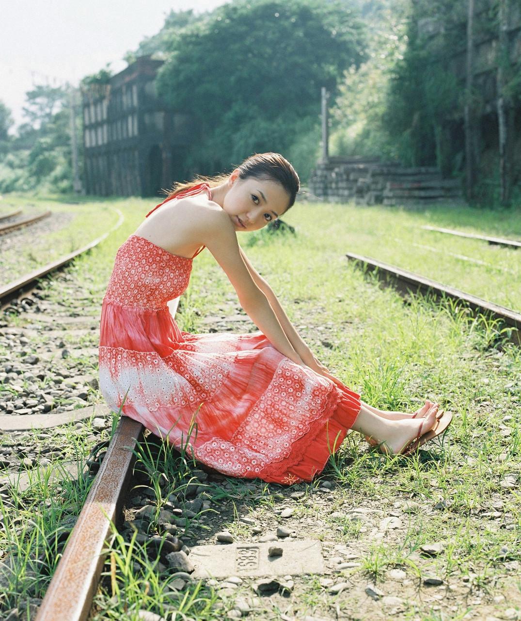 逢沢りな「さよなら、美少女」グラビア 09-06