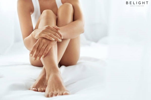 Woman-Body-Care-Close-Up-Of-Long-Female-Legs-With-Perfect-Smooth-Soft-Skin-Pedicure-And-Beautiful-Ha