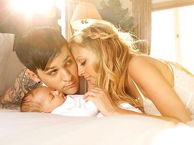 Nicole Richie Joel Madden and baby
