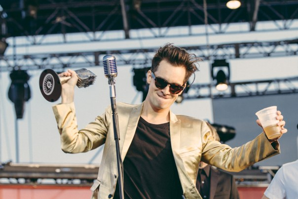 Brendon Urie accepting his Best Vocalist award