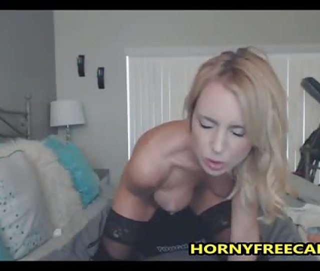 Hot Blonde Milf Loves Fucking Her Pussy And Ass