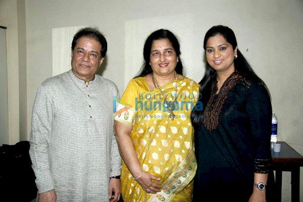 Anup Jalota, Anuradha Paudwal, Richa Sharma