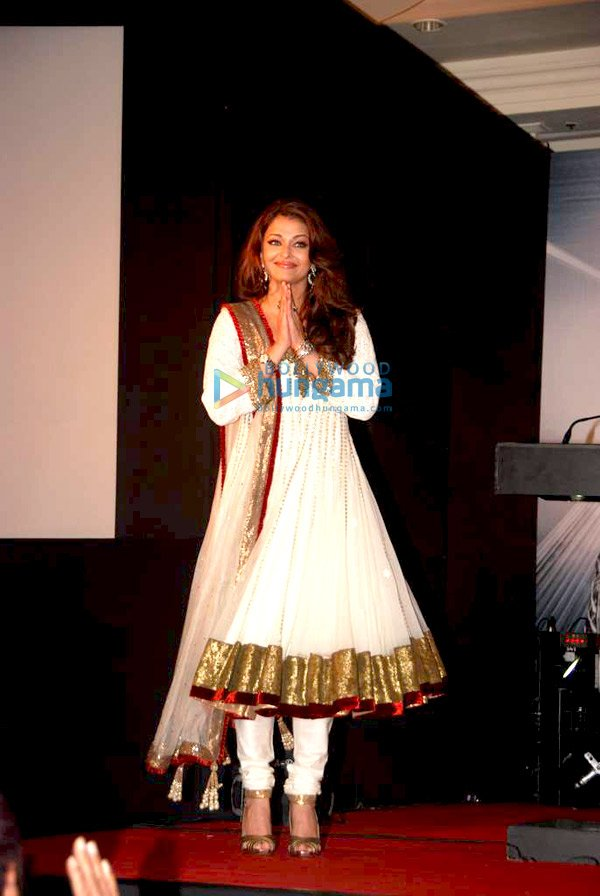 Aishwarya Rai at Audio release of 'Enthiran - The Robot'
