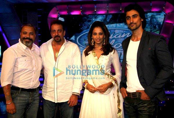 Bunty Walia, Sanjay Dutt, Bipasha Basu, Kunal Kapoor