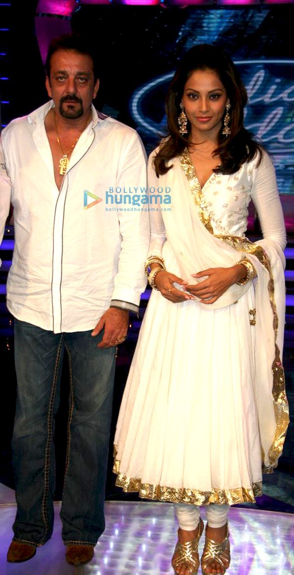 Sanjay Dutt and Bipasha Basu