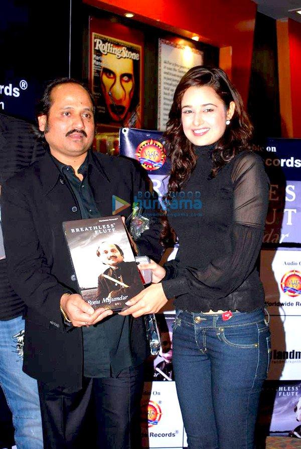 Pandit Ronu Majumdar and Yuvika Chaudhary