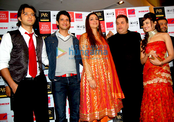 Red carpet premiere of 'Toh Baat Pakki' at PVR Ambience Mall