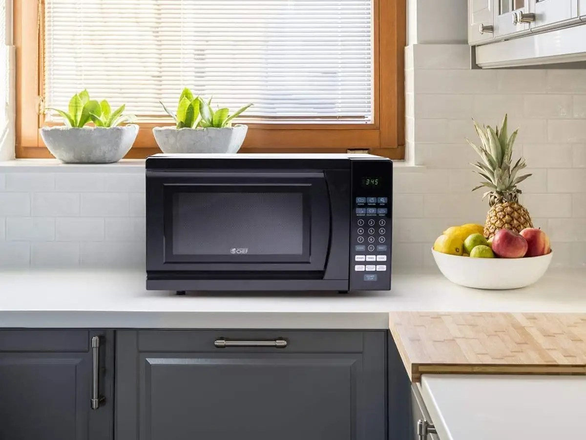 5 black microwaves available on amazon