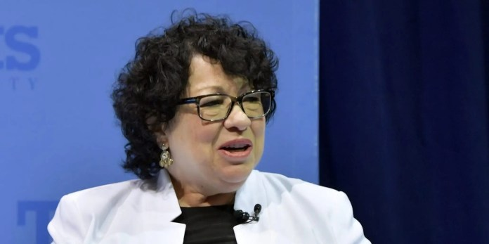 Watch Sonia Sotomayor says Supreme Courtroom modified arguments construction partly as a result of feminine justices had been interrupted –  Google News