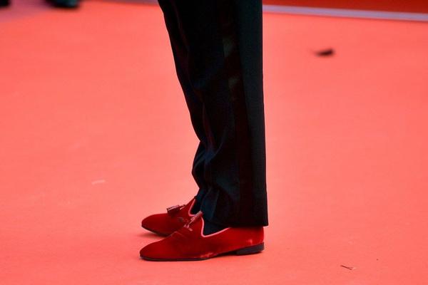 Kolye ve ayakkabısı olaydı Nusret'in Cannes Film Festivali'ndeki haline bakın - Sayfa 9