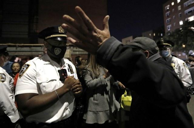 Do protestów ortodoksyjnych Żydów dochodzi od kilku dni /Peter Foley /PAP/EPA