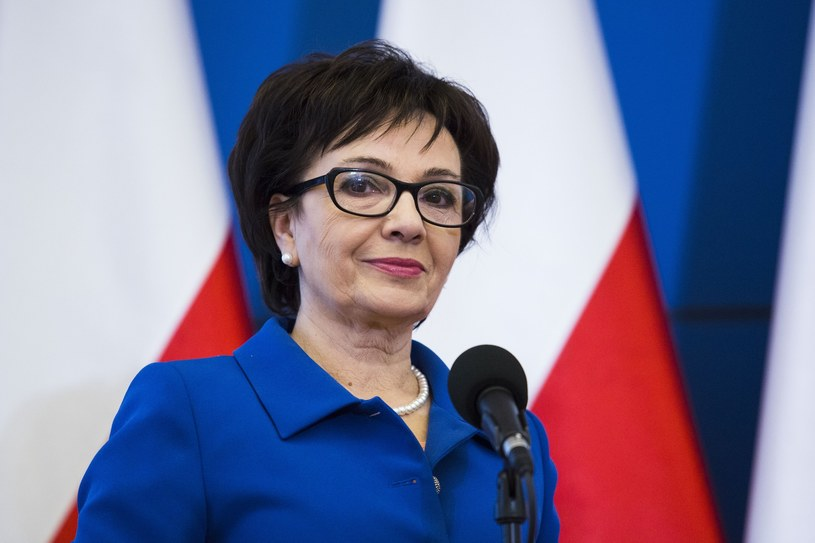 Elżbieta Witek, szefowa gabinetu premier Beaty Szydło /Andrzej Hulimka  /East News