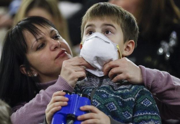 Grypa szaleje na Ukrainie /PAP/EPA