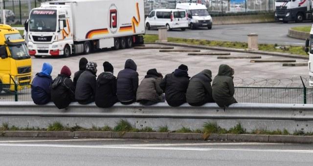 Nielegalni imigranci (zdjęcie ilustracyjne) /AFP