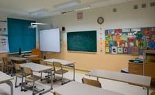 Po wakacjach zabraknie nauczycieli? Miasta biją na alarm