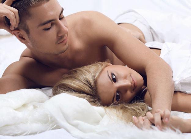 Wodnik mężczyzna umawiający się z kobietą-bliźniakiem