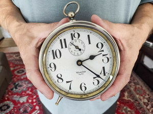 Zmiana czasu. Gorszy sen, więcej wypadków w pracy i ataków serca