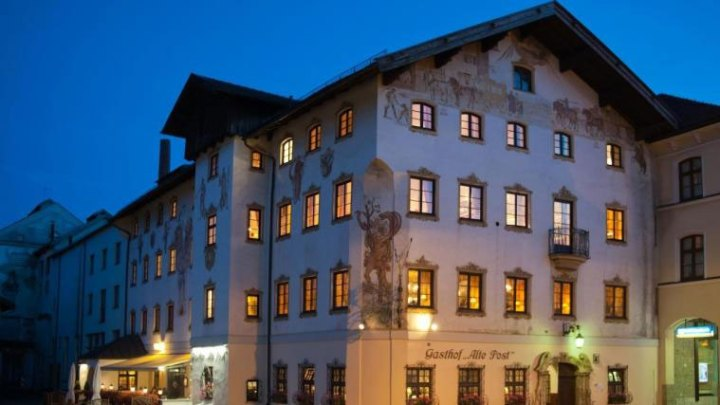 Khách sạn Gasthof Alte Post tại thị trấn Freihung