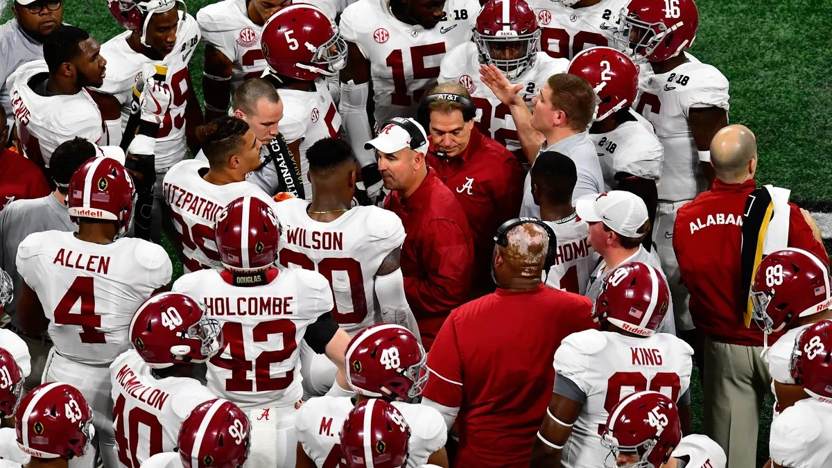 Photo of At least 5 players from Alabama tested positive for COVID-19