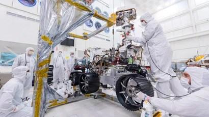 NASA Put Wheels On Its Mars 2020 Rover And Holy Crap This ...
