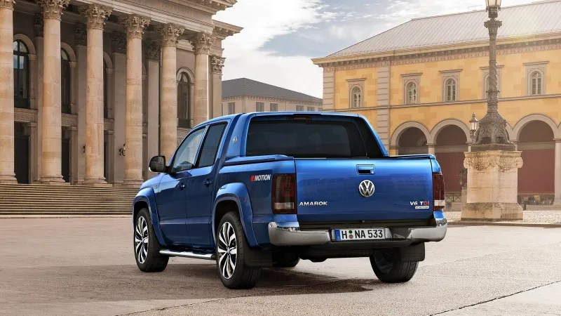The First-Ever V6 Volkswagen Amarok Looks Like A Perfect Rugged Euro-Truck