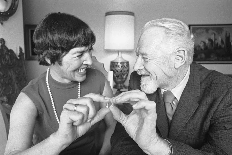 Associated Press caption, presumably to an AP photo: Robert Loibl and his wife, Louise, hold 10-milligram capsules of DDT which they took in front of witnesses for 93 days at lunch time, June 10, 1971. Loibl said their total dosage was more than the average person consumes in 83 years. He said his wife's dandruff disappeared, their appetites perked up and they feel better. Loibl said they just wanted to call attention to the public that DDT was safe. Image via Gizmodo