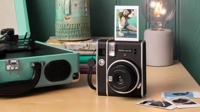 vim11ptlcuwj7hpqxtzf Fujifilm's New Retro Instant Camera and Film Take Us Back to Simpler Times | Gizmodo