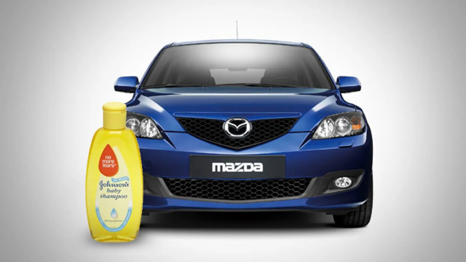 Use Shampoo Baking Soda And Water To Fully Clean Your Car