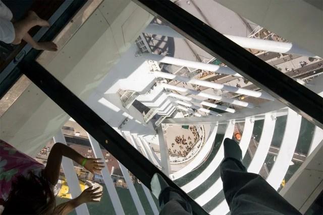 Miradores de cristal que te harán temblar las piernas