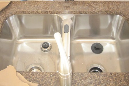 What to Consider When Replacing Your Kitchen Sink