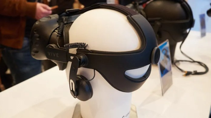 HTC Vive's New Tracker Turns Every Real World Object Into a VR Toy
