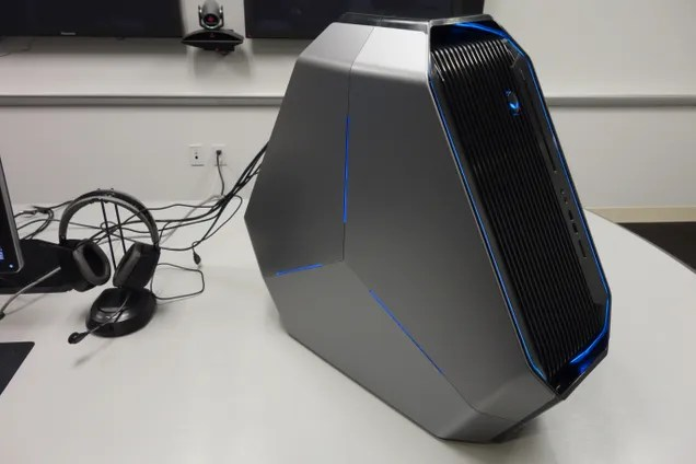 The New Alienware Area-51 Is the Weirdest Gaming PC I've Ever Seen